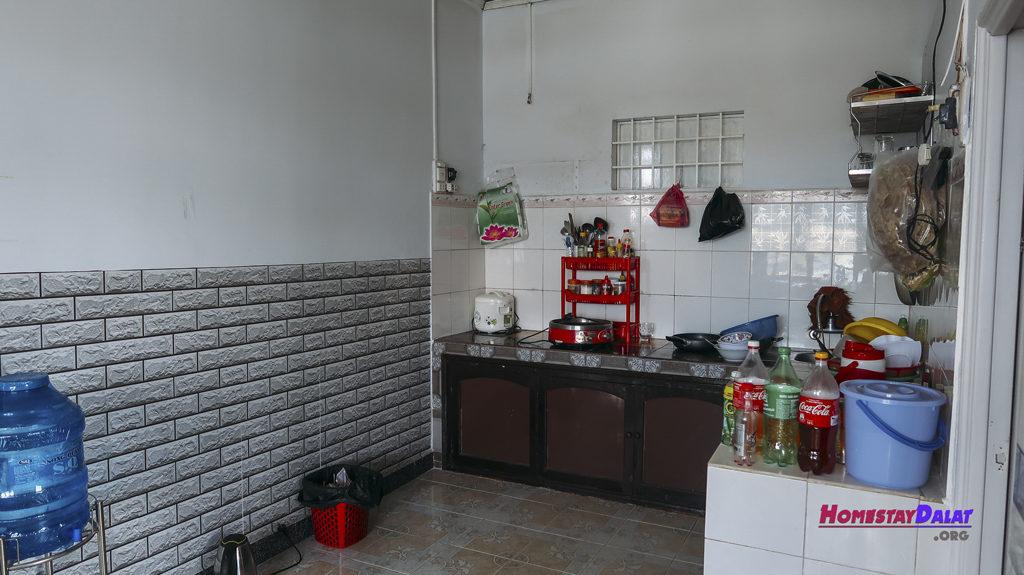 Nhà bếp ở Nhà Nội homestay