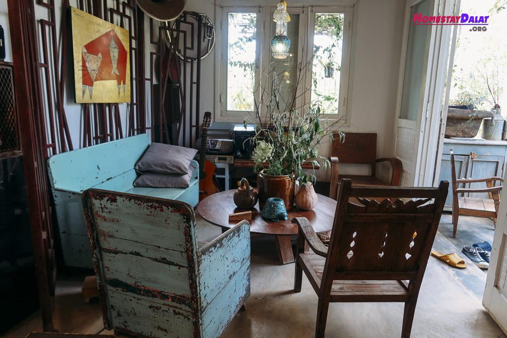 Phòng khách Nhà Của Tre House
