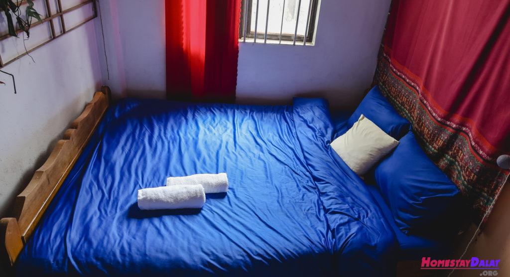 giường phòng đơn Nhà của Bảo homestay
